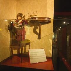 Museo Delle Curiosita shortest woman