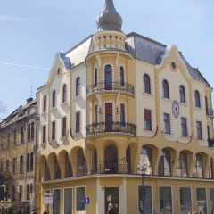 Oradea building city centre