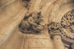 La Lonja de la Seda sculpture