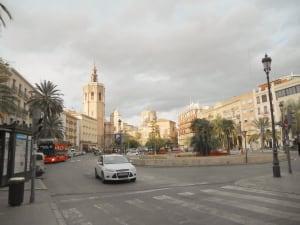 El Miguelete view from Plaza de la Reina