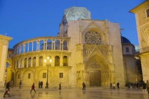 Plaza de la Virgen Cathedral Santa María de Valencia